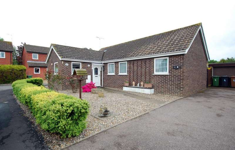 3 Bedrooms Detached Bungalow for sale in Hipperson Close, North Walsham