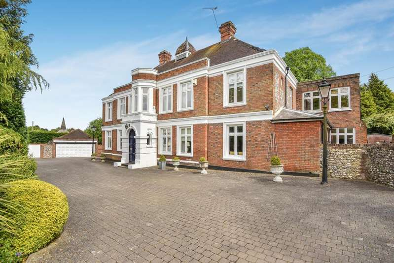7 Bedrooms Detached House for sale in Luxted Road Downe BR6