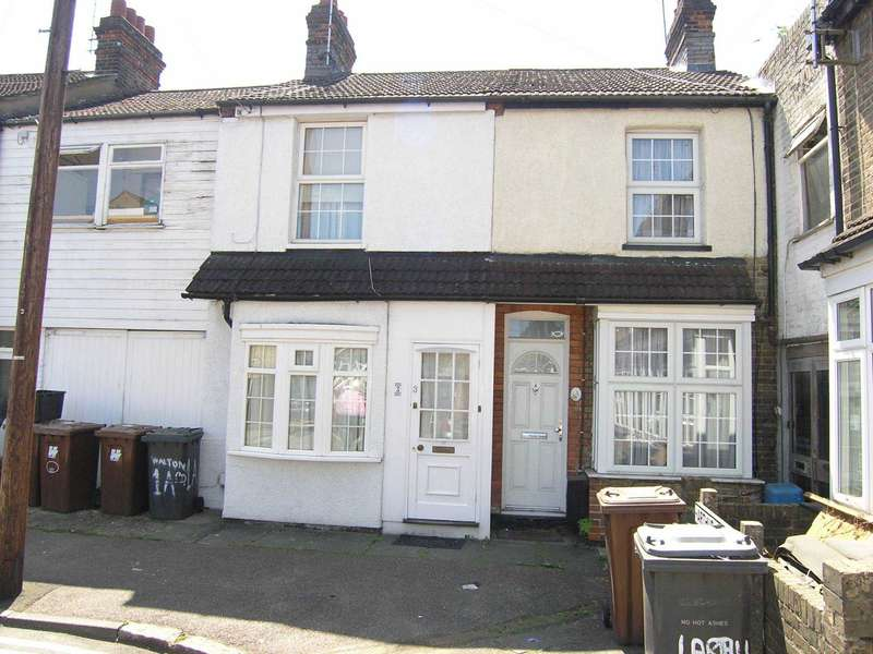 2 Bedrooms Terraced House for sale in Walton Road, Bushey