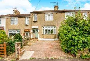 3 Bedrooms Terraced House for sale in Prince Albert Square, Redhill, Surrey