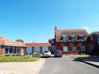 3 Bedrooms Flat for sale in Clarence Road, Hunstanton, Norfolk