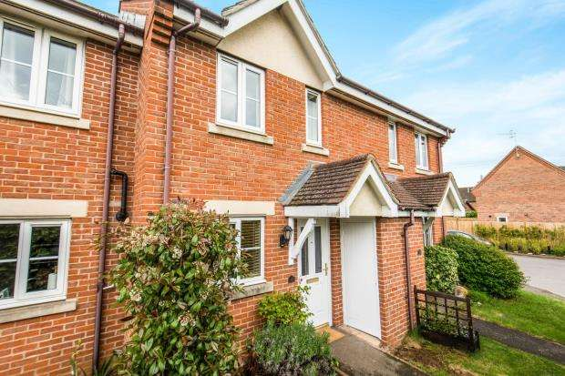 2 Bedrooms Terraced House for sale in Milford, Godalming, Surrey