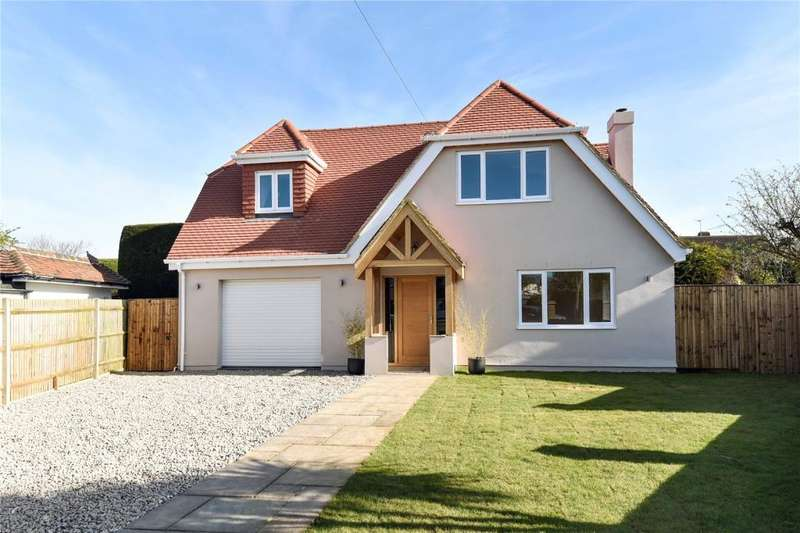 4 Bedrooms Detached House for sale in Tudor Close, Middleton-On-Sea, West Sussex, PO22