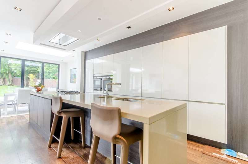 5 Bedrooms House for sale in Hocroft Road, Hocroft Estate, NW2