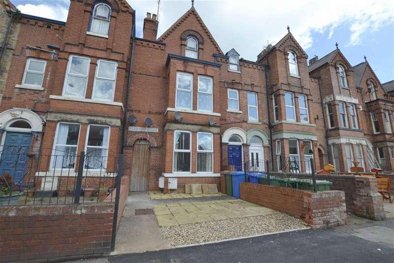 2 Bedrooms Flat for sale in Trinity Road, Bridlington, East Yorkshire, YO15