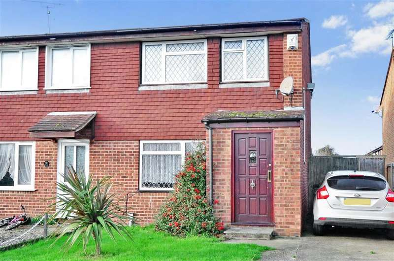 2 Bedrooms Semi Detached House for sale in Wrentham Avenue, Herne Bay, Kent