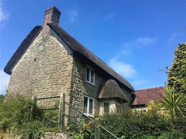 3 Bedrooms Cottage House for sale in Bleke Street, Shaftesbury