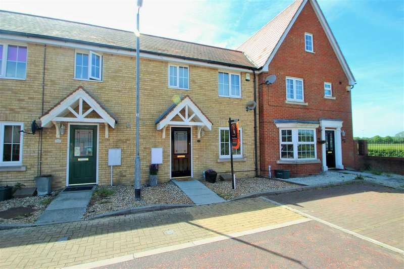 3 Bedrooms Terraced House for sale in Valens Close, Myland, Colchester