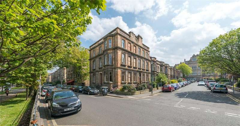 4 Bedrooms Flat for sale in 1 (1F) Millerfield Place, Marchmont, Edinburgh, EH9