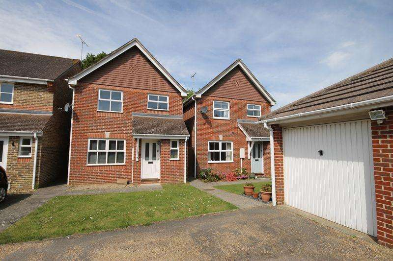 3 Bedrooms Detached House for sale in Coulstock Road, Burgess Hill, West Sussex,