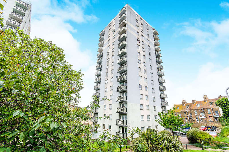 2 Bedrooms Flat for sale in Newcastle Hill, Ramsgate, CT11