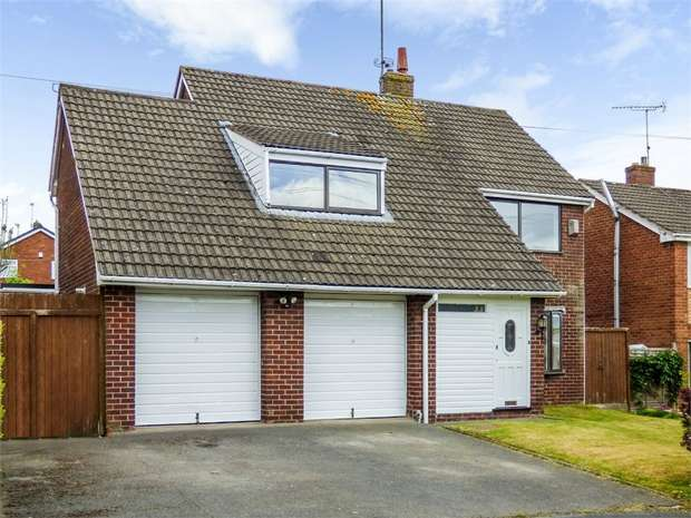 5 Bedrooms Detached House for sale in Bron Yr Eglwys, Mynydd Isa, Mold, Flintshire