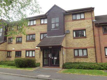 2 Bedrooms Parking Garage / Parking for sale in Barking, Essex
