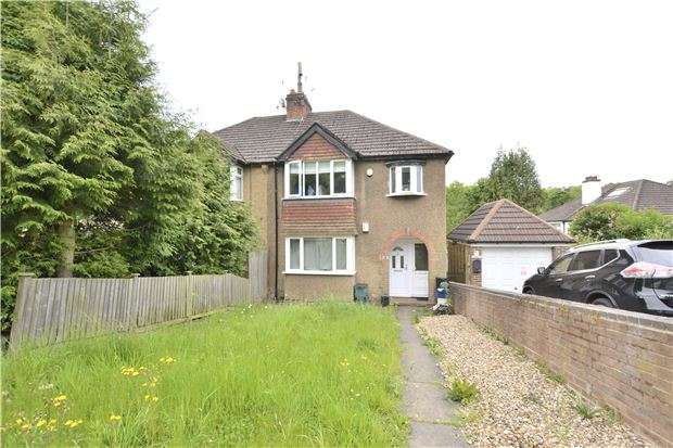 1 Bedroom Flat for sale in Valley View Gardens, KENLEY, Surrey, CR8 5BR