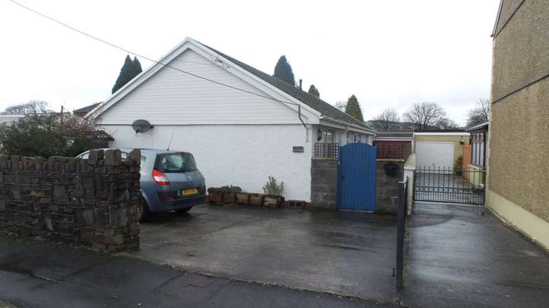 3 Bedrooms House for sale in Mwrwg Road, Llangennach, Llanelli SA14 8UA