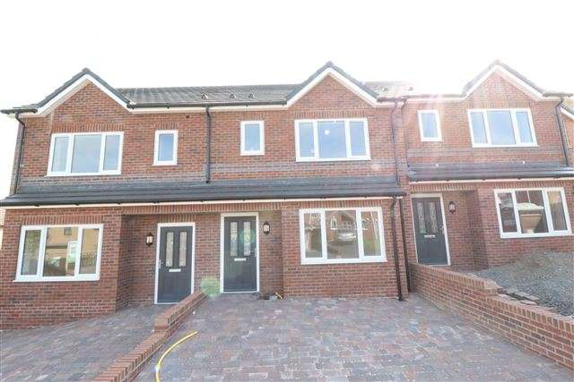 Terraced House for sale in Heysham Park Avenue, Carlisle, Cumbria, CA2 7SA