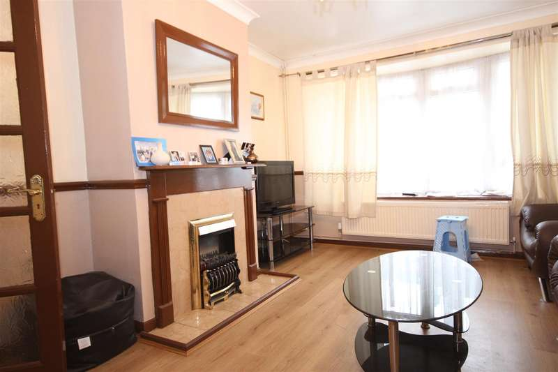 3 Bedrooms Terraced House for sale in Inman Road, London