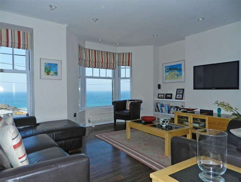 3 Bedrooms Maisonette Flat for sale in Clodgy View, St Ives