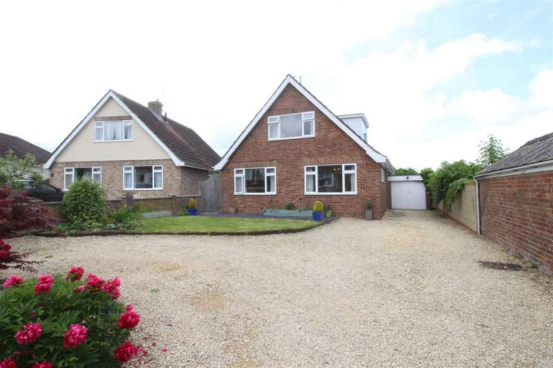 3 Bedrooms Detached House for sale in Manor Orchard, Wanborough, Wiltshire