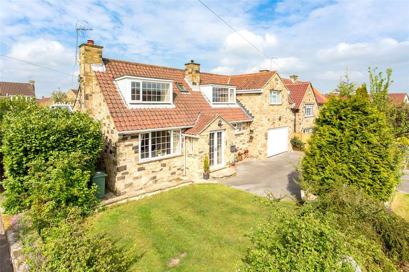 4 Bedrooms Detached House for sale in Jewitt Lane, Collingham, Wetherby, West Yorkshire, LS22