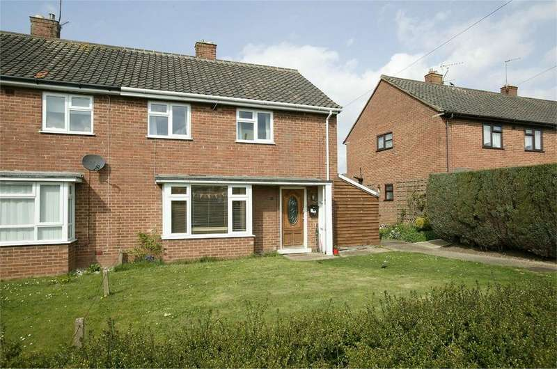 3 Bedrooms Semi Detached House for sale in Moorgate Road, Dereham, Norfolk