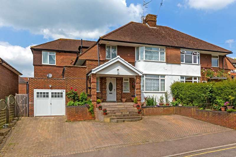 4 Bedrooms Semi Detached House for sale in Castle Hill Avenue, Berkhamsted