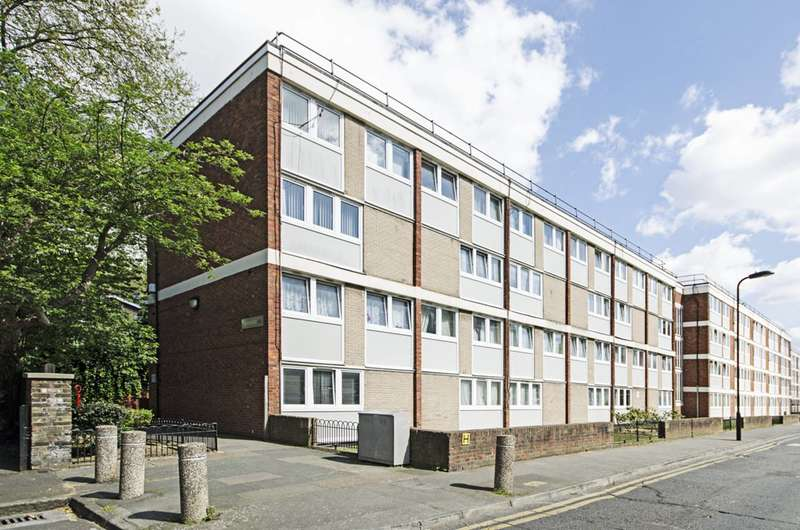 3 Bedrooms Maisonette Flat for sale in Livermere Road, Haggerston, E8