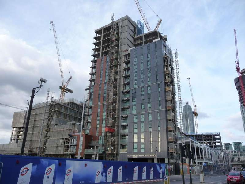 Studio Flat for sale in Watts Apartment, Nine Elms Point, Wandsworth Road