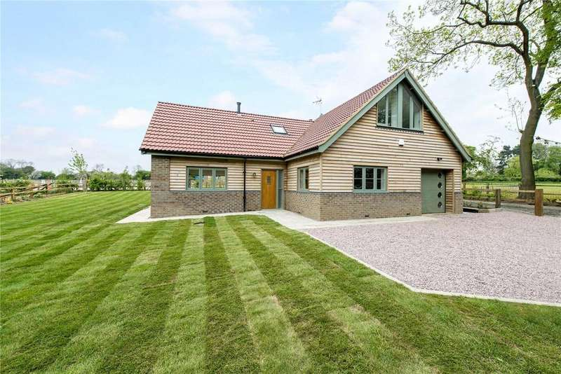 3 Bedrooms Detached House for sale in Beechurst Barns, Caddington Common, Markyate, St. Albans, AL3