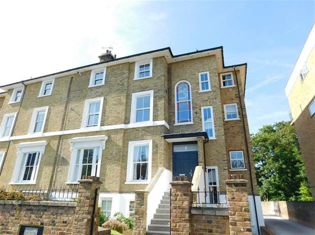 Flat for sale in Uxbridge Road, Kingston Upon Thames