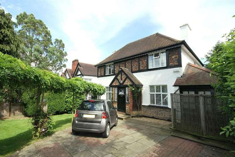 4 Bedrooms Detached House for sale in Old Church Lane, Kingsbury, London