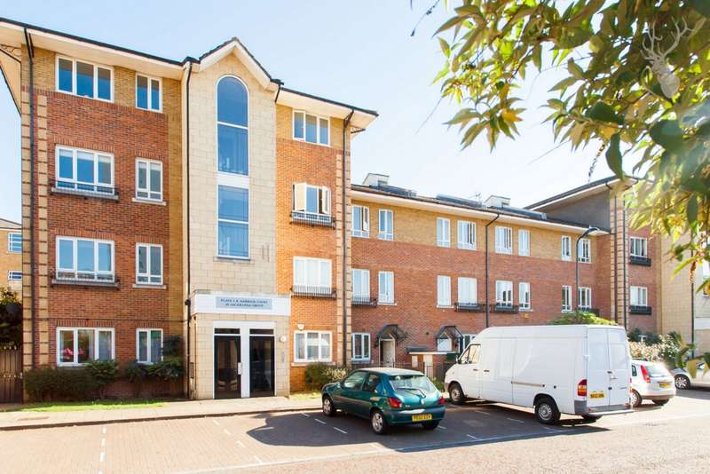 1 Bedroom Flat for sale in Garrick Court, Jacaranda Grove, London, E8