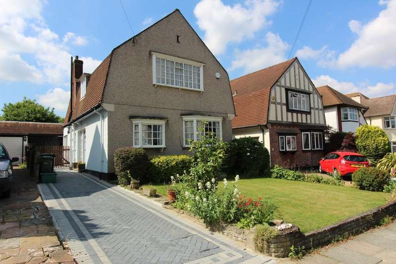3 Bedrooms Detached House for sale in Felstead Road, Orpington, Kent, BR6 9AF