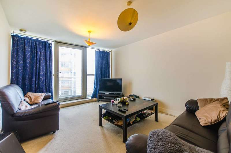 1 Bedroom Flat for sale in Blackwall Way, Docklands, E14
