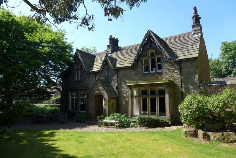 6 Bedrooms Detached House for sale in Hopton Hall Hopton Hall Lane, Mirfield, WF14