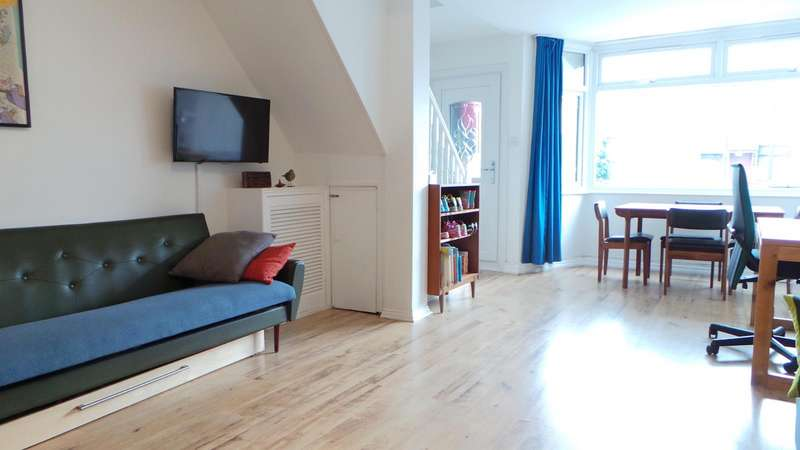 2 Bedrooms Terraced House for sale in Woodlands Road, Edmonton, London, N9