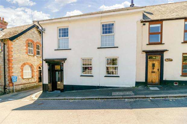 4 Bedrooms End Of Terrace House for sale in Albert Road, Saltash, Cornwall