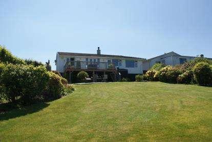 3 Bedrooms Bungalow for sale in Pensilva, Liskeard, Cornwall