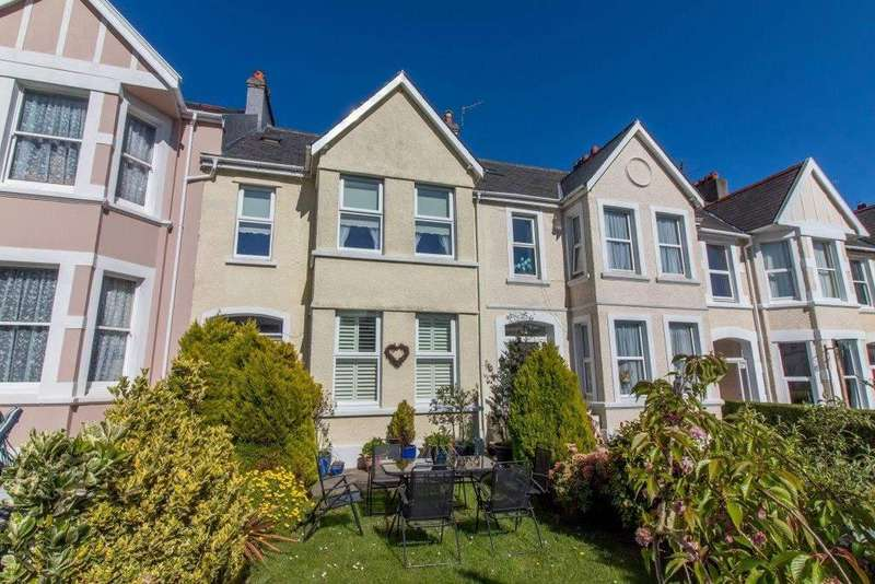 5 Bedrooms House for sale in Royal Avenue, Onchan, IM3 1LB