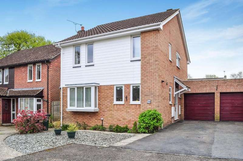 4 Bedrooms Link Detached House for sale in Wolstonbury Close, Southgate