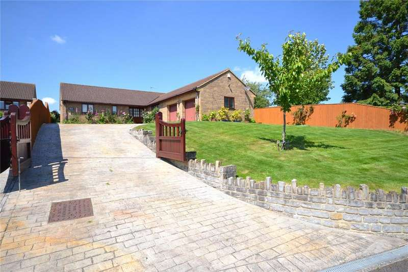 3 Bedrooms Detached Bungalow for sale in Main Street, Chilthorne Domer, Yeovil, Somerset