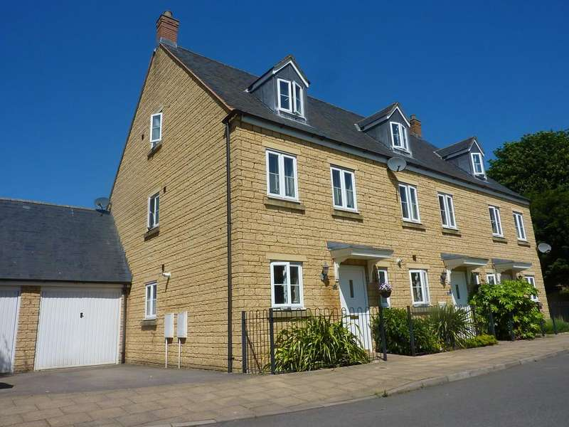 3 Bedrooms Town House for sale in Cooper Square, Chipping Norton