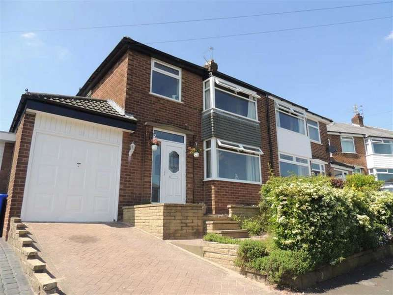 3 Bedrooms Property for sale in Green End, Denton, Manchester