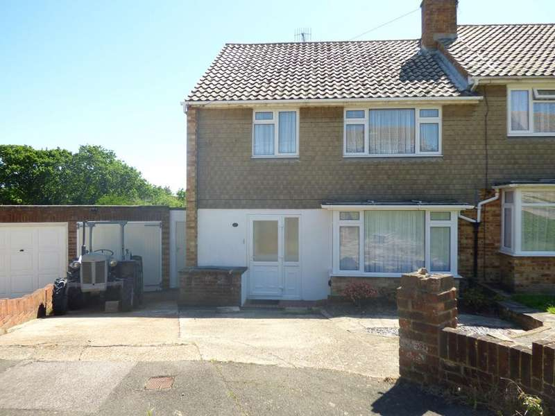 3 Bedrooms Semi Detached House for sale in Fairlight Close, Bexhill-on-Sea, TN40