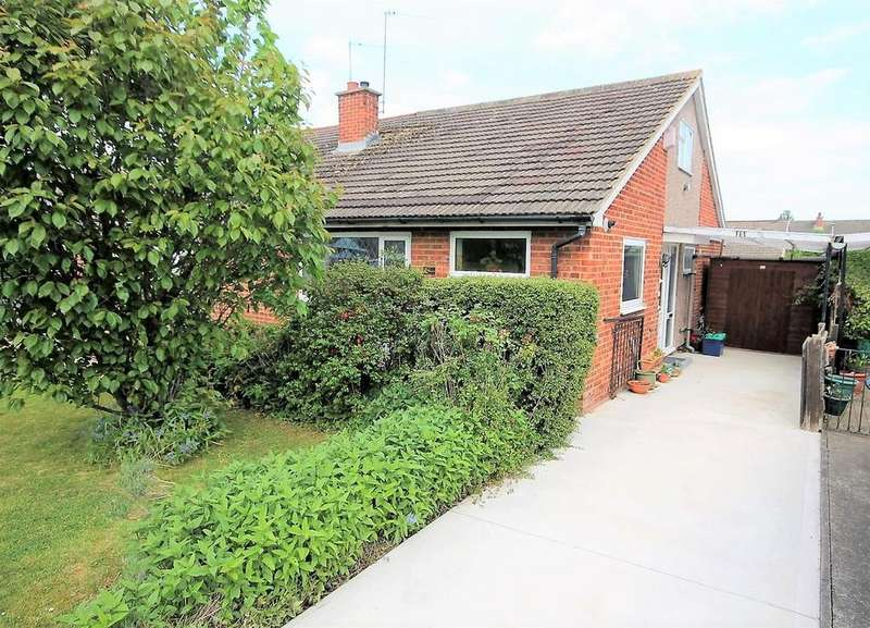 2 Bedrooms Semi Detached Bungalow for sale in Mitford Crescent, Stockton-On-Tees