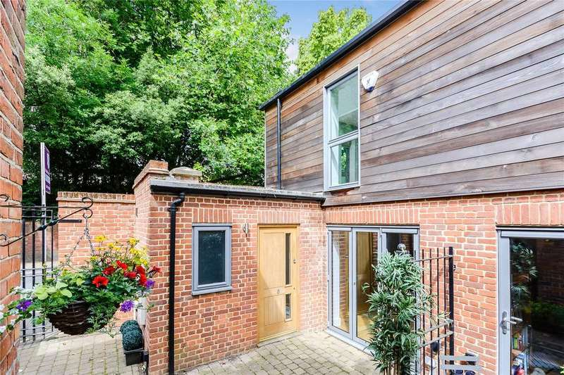 2 Bedrooms Mews House for sale in Peels Yard, Kings Road, Henley-on-Thames, Oxfordshire, RG9