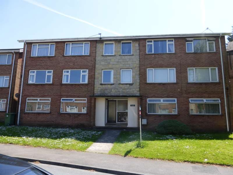 2 Bedrooms Ground Flat for sale in Cranleigh Rise, Rumney, Cardiff