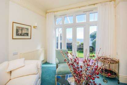 4 Bedrooms Detached House for sale in Bonchurch, Ventnor, Isle Of Wight