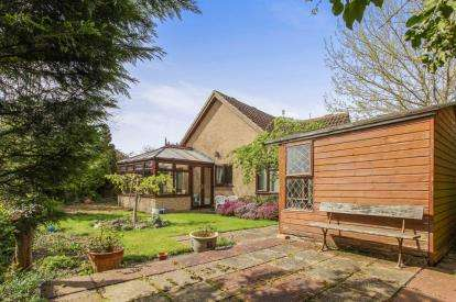 3 Bedrooms Bungalow for sale in Soham, Ely, Cambridgeshire
