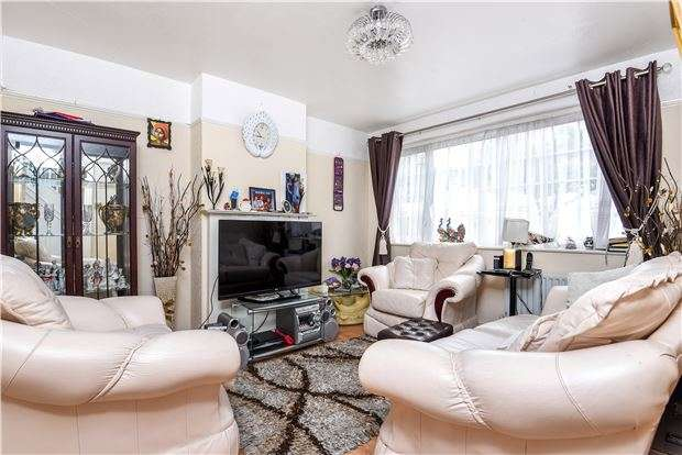 3 Bedrooms Terraced House for sale in Kynaston Avenue, THORNTON HEATH, Surrey, CR7 7BW